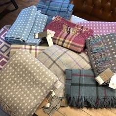 Home Accessories woollen scarfs